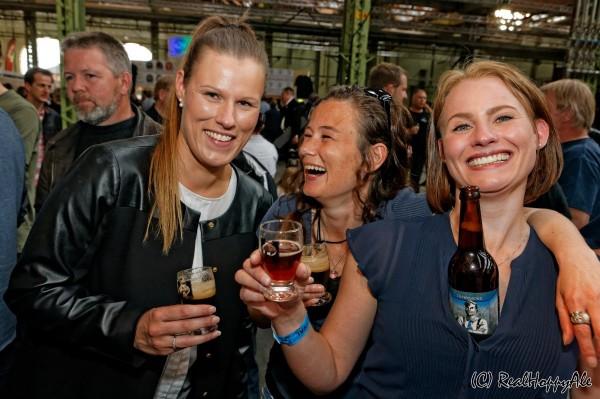 Ølfestival København 2015 kvinde trio