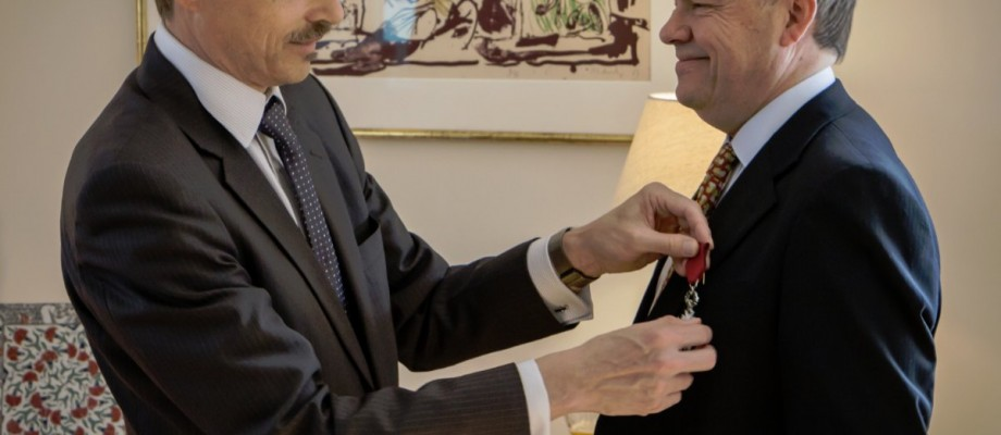 Carsten Berthelsens 25 år i øllets tjeneste kronet med en ridderorden