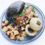Jacobsen lancerer kogebog sammen med Hotel- og Restaurantskolen