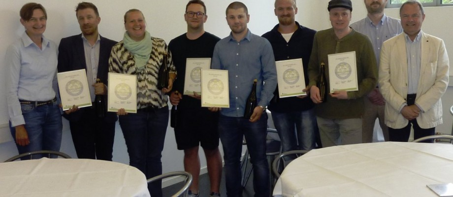 Første kellner/øltjener hold klar fra Hotel- og Restaurantskolen